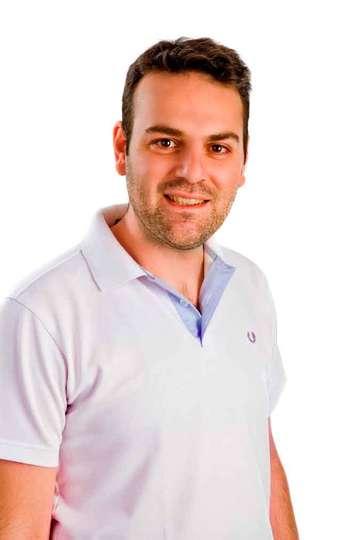 Μιχάλης Δεσποτάκης. Καθηγητής ΙΕΚ PRAXIS. Πτυχιούχος του Τμήματος Πληροφορικής και Τηλεπικοινωνιών του Πανεπιστημίου Αθηνών.