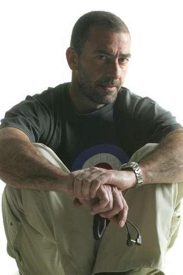Δημήτρης Στουπάκης. Καθηγητής ΙΕΚ PRAXIS. Φωτογράφος. Εργάστηκε ως φωτοδημοσιογράφος σε εφημερίδες καθώς και σε διαφημιστικά στούντιο.