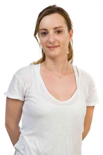 Βασιλική Γκόγκολα. Καθηγήτρια του ΙΕΚ PRAXIS. (M.Sc.) Φυσικός - Χημικός. Επιστημονικός Συνεργάτης της εταιρείας προϊόντων Νανοτεχνολογίας «Kix Solutions».