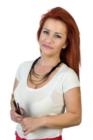 Κατερίνα Χασσάνδρα. Καθηγήτρια του ΙΕΚ PRAXIS. Τεχνίτρια Νυχιών. Απόφοιτος ΙΕΚ Αισθητικής, Κοσμετολογίας - Περιποίηση άκρων.