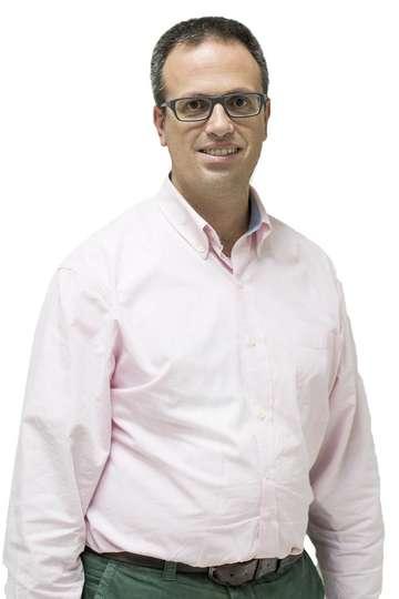 Χρήστος Κακαρούγκας. Καθηγητής ΙΕΚ PRAXIS. Μ.Α. Hospitality Management. Υπ.Διδάκτωρ του Πανεπιστημίου Αιγαίου. Δημιουργός του www.TouristikiEkpaideysi.gr