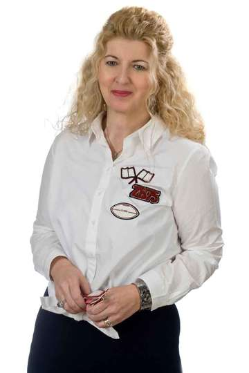 Μαρία Κιάκη. Καθηγήτρια ΙΕΚ PRAXIS. Οικονομολόγος - Εκπαιδευτικός M.Ed. (Οικονομικό Τμήμα Σχολής Κοινωνικών Επιστημών, του Πανεπιστημίου Κρήτης).