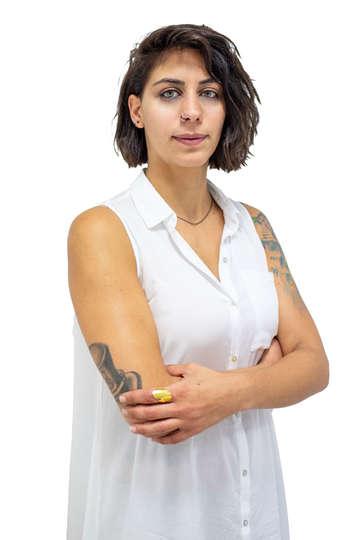 Νατάσσα Δανιηλίδη. Εργάζεται ως Hair Stylist. Καθηγήτρια κομμωτικής στη Σχολή Κομμωτικής του ΙΕΚ PRAXIS.