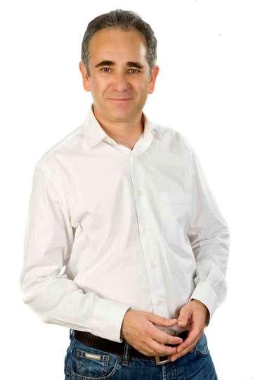 Δημήτρης Παπαδόπουλος. Καθηγητής του ΙΕΚ PRAXIS. Πτυχίο ΤΕΙ Αθήνας Τουριστικών Επιχειρήσεων, Σχολή Διοίκησης και Οικονομίας.