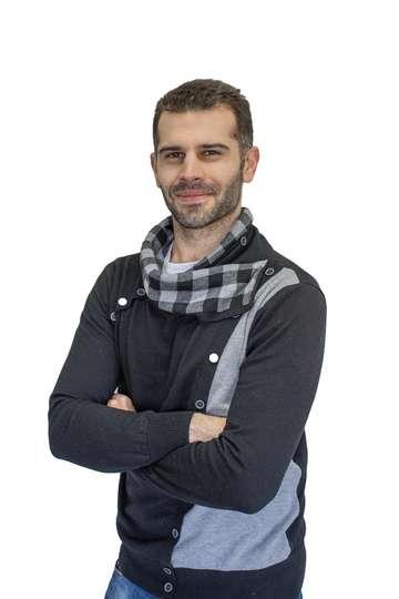 Νικόλαος Πικραμένος. Καθηγητής ΙΕΚ PRAXIS. Καθηγητής Πληροφορικής στα αντικείμενα (Word, Excel, Access ,PowerPoint , Photoshop, Premiere, AutoCAD).