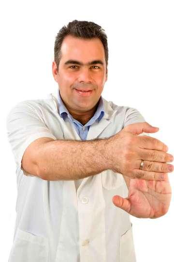 Κωνσταντίνος Σταυράγγελος. Καθηγητής ΙΕΚ PRAXIS. Πτυχιούχος Φυσικοθεραπείας (ΤΕΙ ΑΘΗΝΩΝ). Ιδιοκτήτης και Φυσικοθεραπευτής Πρότυπου Κέντρου Φυσικοθεραπείας.